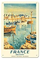 22cm x 30cmヴィンテージハワイアンティンサイン - フランス - ブルターニュ - フランス国有鉄道 - ビンテージな鉄道旅行のポスター によって作成された エドモンド・C?ria c.1953
