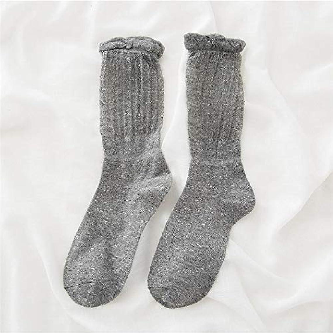 穴ストレッチ後退する靴下の秋と冬の女性の新しい山の韓国のバブル口ストッキング中空金と銀のシルクの女性の靴下綿の靴下