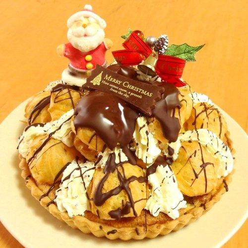 キャラメルバナナタルトとカスタードシューのクロカンブッシュタルト クリスマスやバースデーケーキ♪
