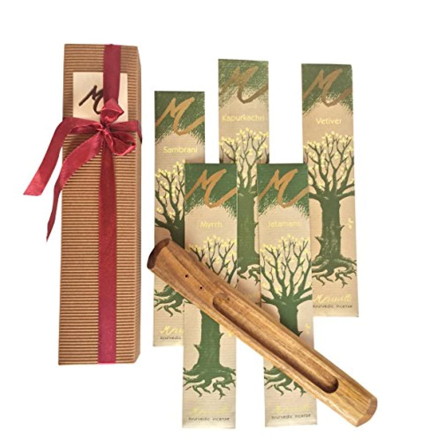 クラシカル群れ明確なプレミアムIncense Sticks , Ayurvedic Aromaticお香ギフトセットボックスには5種類のお香( Jatamansi、kapurkachuri、Myrrh、ベチバー、Sambrani )と木製スティックホルダー。GREAT GIFT IDEA