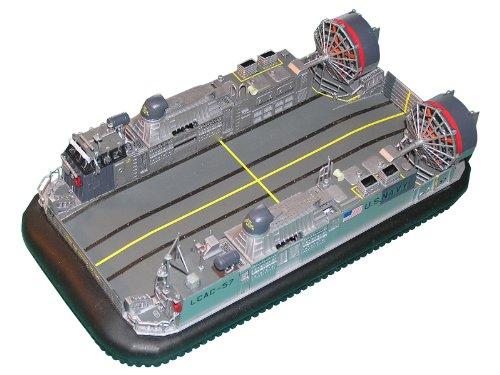 ピットロード 1/144 アメリカ海軍 エアクッション型揚陸艇 LCAC-1級 D02