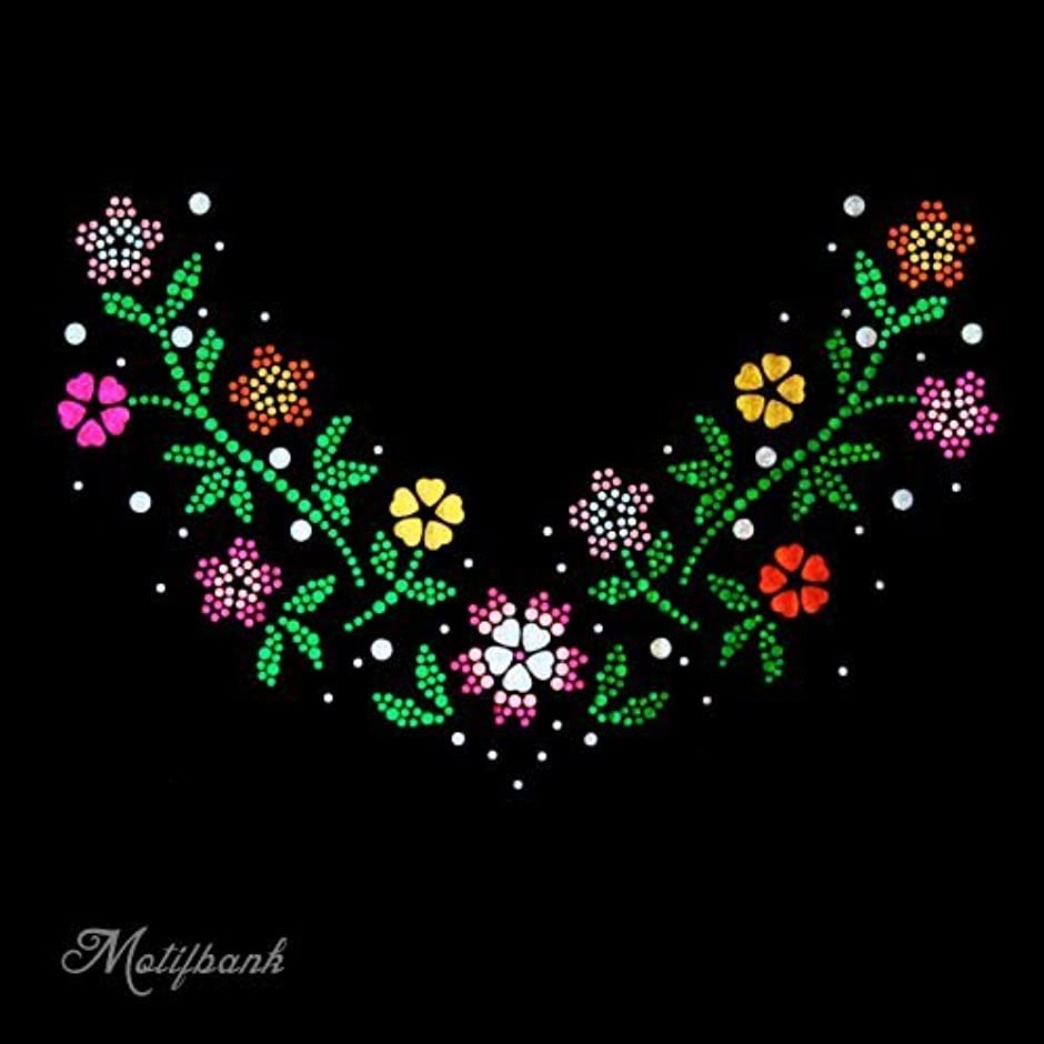 震えチャーター失礼【スパングル】 スパンコールモチーフ (トレンドの お花のモチーフ Vの字) アイロン接着 XLサイズ