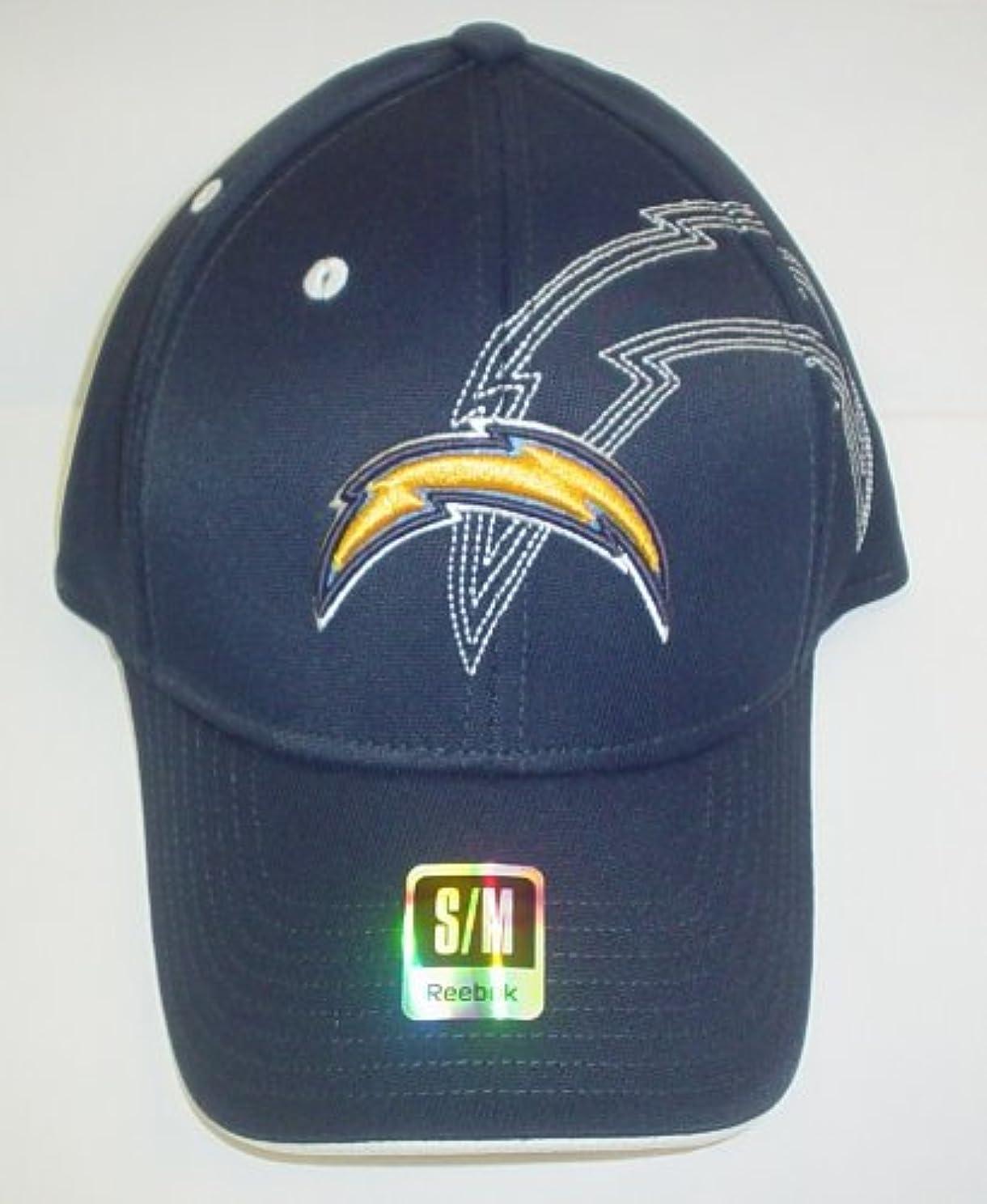 スピン野菜未接続San Diego Chargers Structured Flexリーボック帽子サイズS / M