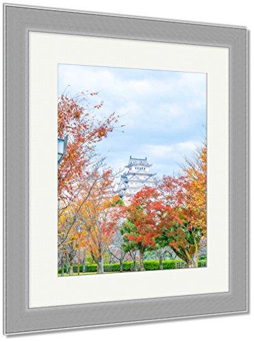AshleyフレームプリントHimeji Castle in兵庫県日本ユネスコ世界遺産、壁アートホーム装飾、ag6420712 30x26 Silver Frame 6420712-AFPP1-SC16