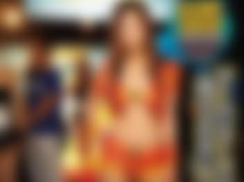 ゲームショーコンパニオンの逃げられない甘い誘惑 初音みのり アイデアポケット [DVD][アダルト]