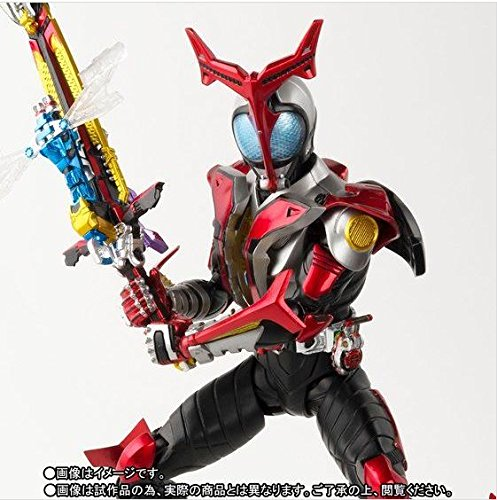 S.H.Figuarts(真骨彫製法) 仮面ライダーカブト ハイパーフォーム