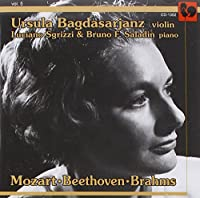 Plays Mozart Beethoven & Brhams