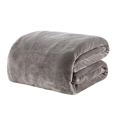 毛布 シングル あったか マイクロファイバー 軽い 暖かい柔らかい ふわふわ 洗える フランネル 毛布 (シングル・140X200cm, グレイ)