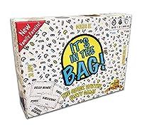 バッグに入っています。 ファミリー向けゲーム。 大人用。 パーティーに。 チームワークのゲームで大音量に笑いましょう。 説明、ゲス、チャレード。 この人気のクイックウィットカードゲームで素早く行動しましょう。 プレーヤー4~20人。