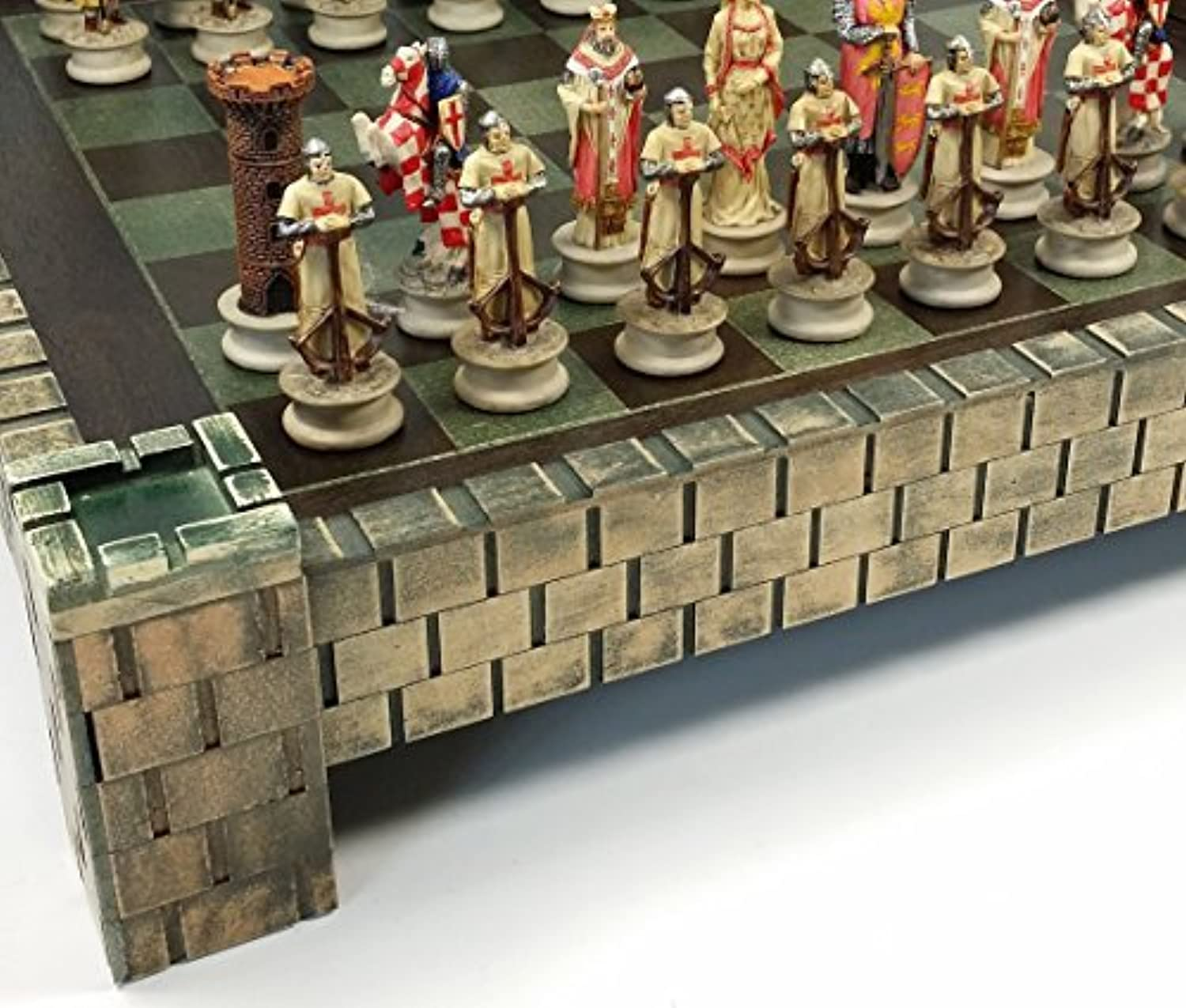 Medieval Times Crusades Arabian vs Christian Knights Chess Set w/ 17 Castle Board by HPL [並行輸入品]