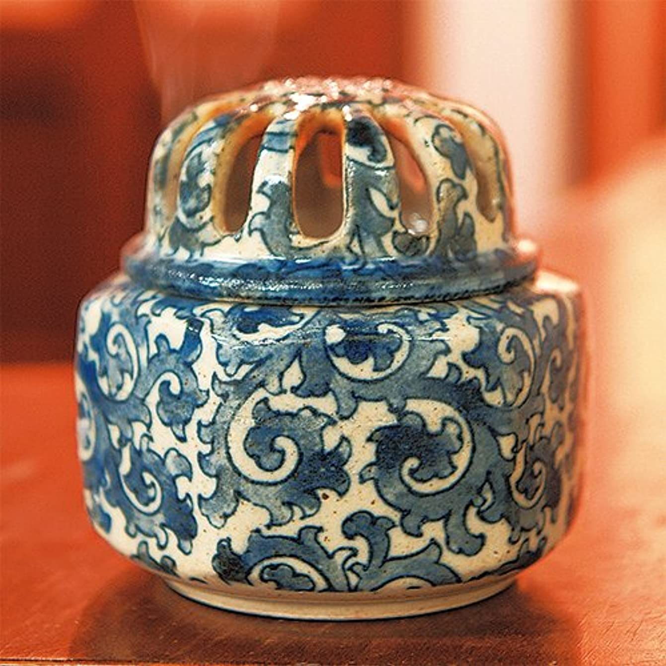 テーブル豚肉ポーン香炉 土物 タコ唐草 福香炉 [R8.8xH8.7cm] プレゼント ギフト 和食器 かわいい インテリア