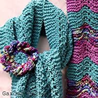 Spring Lace Scarf and Statement Flower Corsage Knitting Pattern (English Edition)