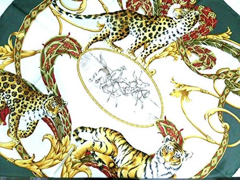 該当する歌ショートカット(サルヴァトーレ フェラガモ) Salvatore Ferragamo スカーフ アイボリー×カーキ×マルチ 【中古】