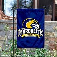 Marquette Golden Eagles庭フラグとバナーYard