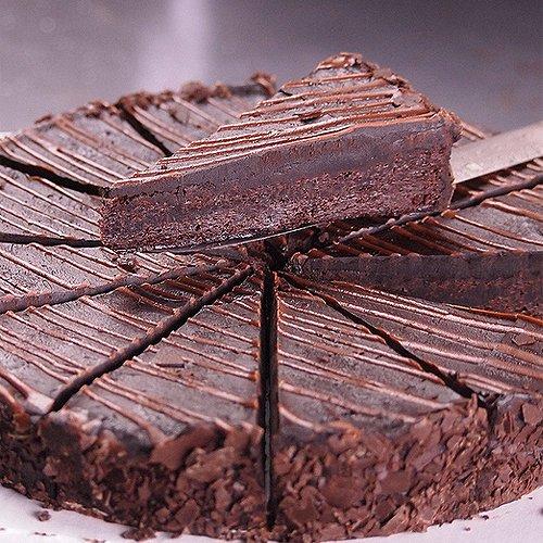 チョコレートケーキ(アメリカ産)12ピース/ホールケーキ  誕生日♪ バースデーケーキ ギフト【販売元:The Meat Guy(ザ・ミートガイ)】