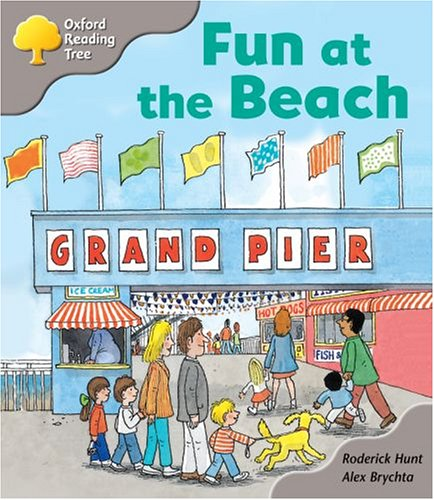 Oxford Reading Tree: Stage 1: First Words Storybooks: Fun at the Beachの詳細を見る