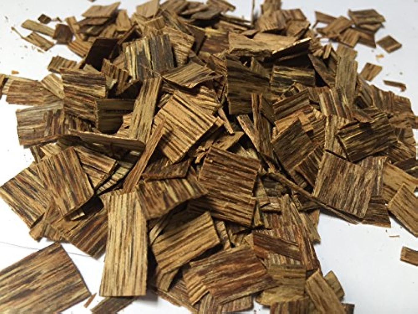 フルート塩辛い潜むoudwoodvietnam. Com元Natural Wild Agarwood OudチップGrade A + | 40グラムお香アロマ