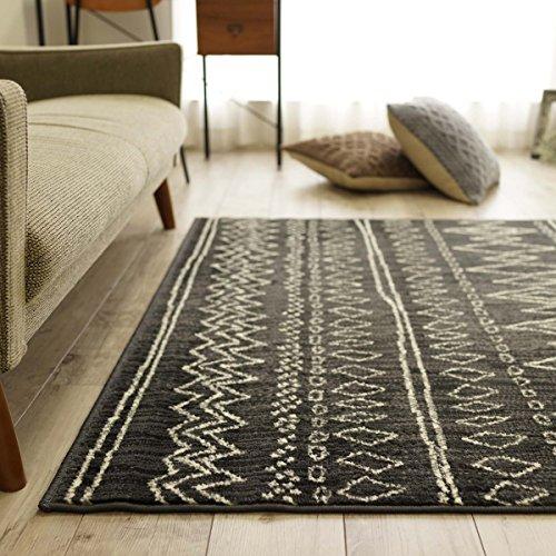 ベルギー製 おしゃれ 手書き風 ライン デザイン ラグ カーペット ステッチライン 80x150 cm ダークグレー 約 1畳 ウィルトン織 床暖房 ホットカーペット 対応