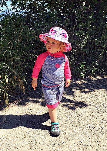 Twinklebelle Design Inc. 幼児用, ラッシュガ-ド,シャツ、ショットパンツ、セット、50+日焼予防(セットS 0-6m,ピンククジラ)