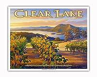 クリア・レイク・ワイナリー - ブラスフィールズ・エステート・ワイナリー - ノースコーストAVAブドウ園 - カリフォルニアワインカントリーアート によって作成された カーン・エリクソン - アートポスター - 41cm x 51cm