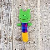 Mr。Ellie PoohファブリックStuffed Frog Rattle ~ Hand Made In Sri Lanka byローカル職人~安全に噛む!