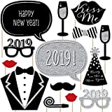 New Years Eve Party – シルバー – 2018新しい年パーティー写真ブース小道具キット – パーティーデコレーション – 20カウント