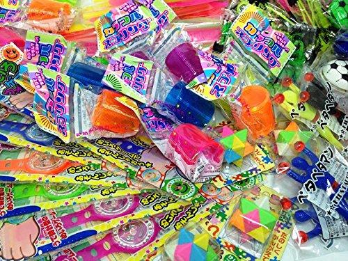 配り景品玩具 おもちゃ詰め合わせ (100個入) / お楽しみグッズ(紙風船)付きセット [おもちゃ&ホビー]