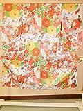 (ノーブランド品)4338 【中古】 アンティーク袖の長~い着物 子ども用 正絹 白地に菊梅模様 ランクB