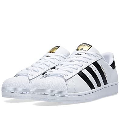 スニーカー adidas superstar