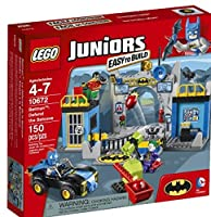 Defend the Batcave LEGO® Juniors Batman Set 10672 [並行輸入品]