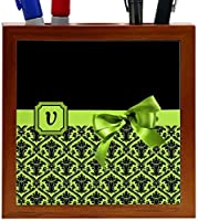 Rikki Knight Letter V Lime Green Monogram Damask Bow Design 5-Inch Tile Wooden Tile Pen Holder (RK-PH41998) [並行輸入品]