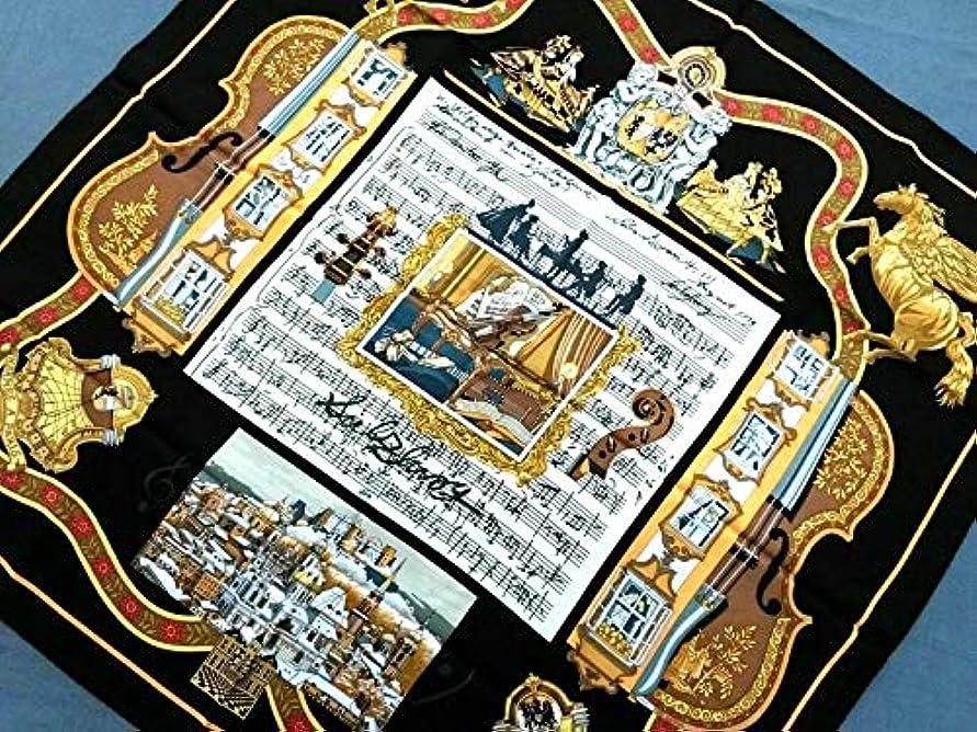 強調薬を飲む計画的(エルメス) HERMES スカーフ 黒×ゴールド×マルチ カレ 【中古】