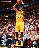 ポール・ジョージ・Indianapolis Pacers 2013–2014NBAアクション写真8x 10