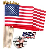 SHENZHENDAKANG Small American Flags on Stick 5x8 Inch/30 Pack - Mini Ameirican Flags/Handheld American Wooden Stick Flag Spea