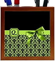 Rikki Knight Letter Q Lime Green Monogram Damask Bow Design 5-Inch Tile Wooden Tile Pen Holder (RK-PH41948) [並行輸入品]