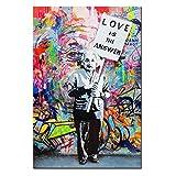 DINGDONG ART - バンクシーの芸術作品 アインシュタイン・フレーム入りポスター「Love is the answer(愛が答えだ)」壁用アート絵画 バンクシー抽象ストリート落書き芸術 リビング装飾用キャンバス作品1点 24
