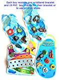 crocs ボーイズ Zucca Loot pre-filledパーティーFavor Goody Bags for 12Boys (各5ドル)、各Boy Gets 1リストバンドブレスレットと19PVC Boy Shoe Charms forリストバンドまたはCrocs、Filled Goodieバッグ、Ready Made Goody Loot Bags