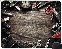 木の板に汚れた道具手作りの修理工場黒茶色赤マウスパッド楽しいゲーミングマウスパッド、滑り止めマウスパッド
