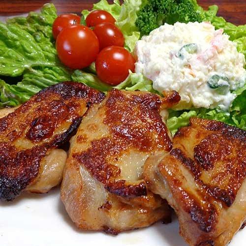 ローストチキンステーキ 簡単調理ジューシーなもも鶏肉ロースト...