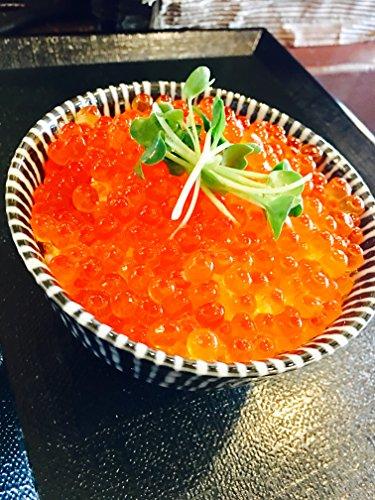 北海道函館 いくら醤油漬け 500g 化粧箱入り 便利な250gパック×2入れ とろける美味しさ 【北海道産鮭卵使用】