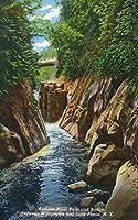 Adirondack Mts、ニューヨーク–ビューのAusable River Falls andブリッジ 12 x 18 Art Print LANT-18413-12x18