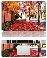 MacBook 風景 全面 ステッカー シール Autumn leaves (15インチ)
