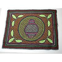 【アマゾン先住民のシピボ族の手刺しゅう布・画像現品販売】【010】 独特で個人的な模様したデザインの刺繍布 ハンドメイド ペルー直輸入