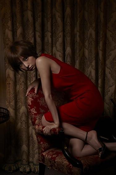 篠田麻里子  iPhone/Androidスマホ壁紙(640×960)-1 - 赤いドレスの篠田麻里子さん。