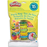 Play-Doh - Party Bag inc 15x 1 oz Tubs of Dough & Gift Tags - Party Favourite & School Gifts - Sensory Toys for Kids - Girls