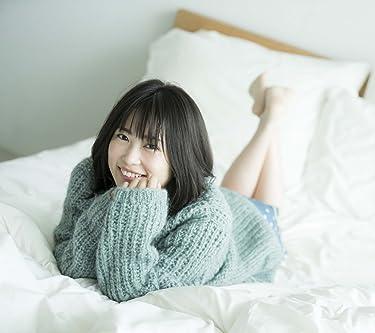 志田未来  iPhone/Androidスマホ壁紙(1080×960)-1 - セーターを着てベッドでゴロゴロ