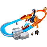 Hot Wheels Monster Trucks Scorpion Raceway Boosted Set with Monster Truck and Hot Wheels Car and Giant Scorpion Nemesis, Mult