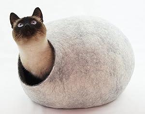 猫ベッド、ペットハウス、洞穴、うたた寝用の繭(コクーン)、100%ウールの100%ハンドメイド、Kivikis製 サイズ: L(大), 約6-8kg(13-16 ponds)猫用 (Snow White)