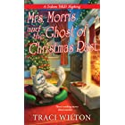 Mrs. Morris and the Ghost of Christmas Past (A Salem B&B Mystery Book 3)