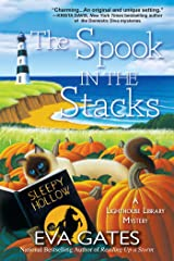 The Spook in the Stacks: A Lighthouse Library Mystery: 4 Paperback